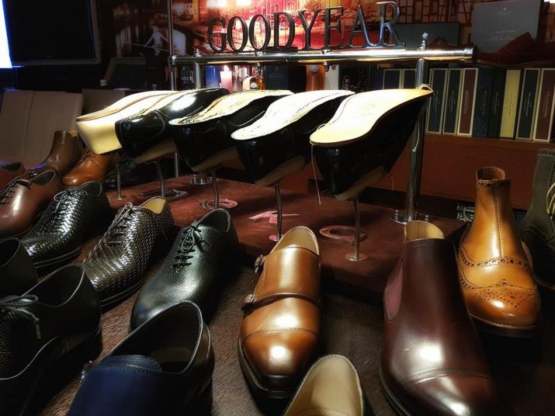 Porozmawiajmy o butach_295